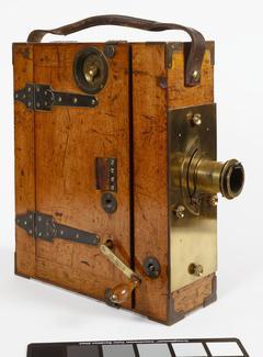 A Moy-Bastie Camera